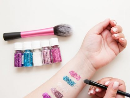 All That Glitters -The  4 Uses of Glitter Makeup